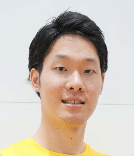 Headshot of Tomotaka